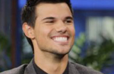 Taylor Lautner revela un twist en el final de Breaking Dawn Part 2
