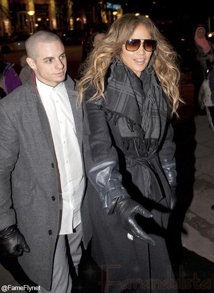 Jennifer Lopez niega boda en Navidad