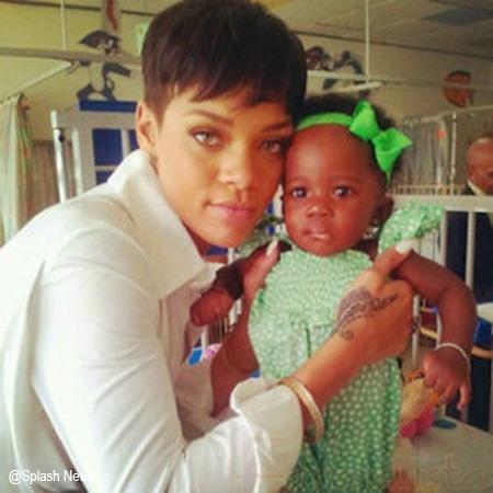Rihanna dona .75 millones a un Hospital en Barbados
