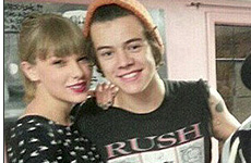 Taylor Swift acompaña a Harry Styles a tatuarse