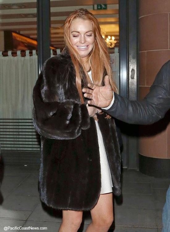 Lindsay Lohan estaba ebria en el set de The Canyons - Drunk!!