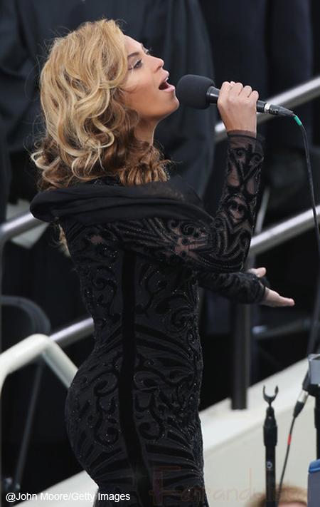 Beyonce no cantó el himno en vivo - Playback!! - Confirmado!