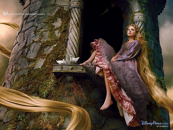 Taylor Swift posa como Rapunzel para Disney