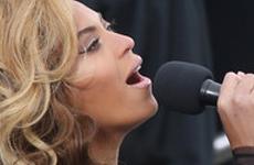 Beyonce no cantó el himno en vivo – Playback!! – Confirmado!
