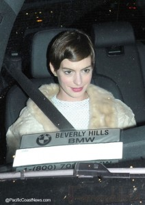Manolo Blahnik no recuerda a Anne Hathaway... LOL!