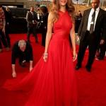 Rihanna con un Azzedine Alaia - Mejor Vestida