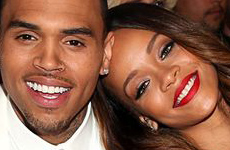 Chris Brown confirma relación con Rihanna: She loves me!