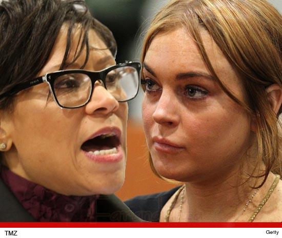 Lindsay Lohan debe dinero a su ex abogada