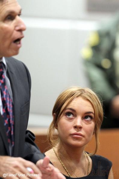 Lindsay miente? REALLY? Su abogado es incompetente!!!