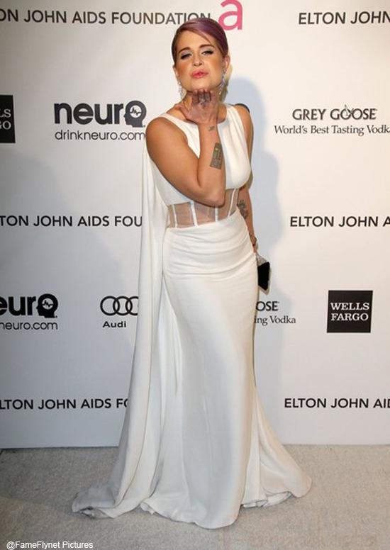Kelly Osbourne podría sufrir epilepsia? NOPE! -  UPDATE!!