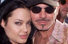 Angelina Jolie viendo a su ex hubby Billy Bob Thornton? LOL!