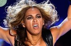 Beyonce no quiere fotos feas! LMAO!!
