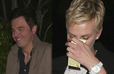 Charlize Theron & Seth MacFarlane saliendo? Nope, ella no es su tipo