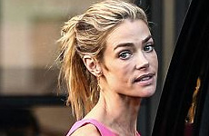 OMG!! Denise Richards está esquelética!!