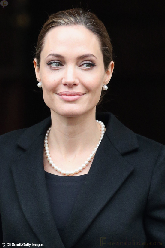 angelinha-jolie-g8-foreing-ministers-conference