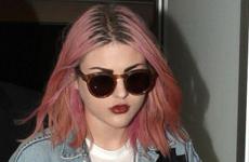 Frances Bean Cobain llama a Kendall Jenner F*cking IDIOT!!!