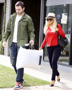matthew-rutler-christina-aguilera-shopping