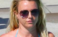 Britney Spears se ve tonificada en bikini