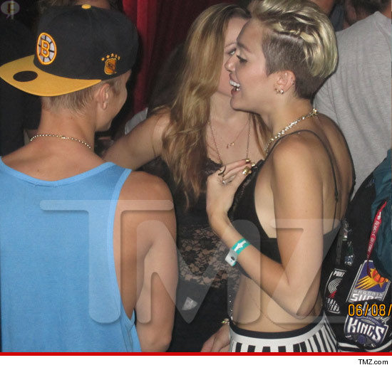 justin-bieber-miley-cyrus-article-wm-tmz