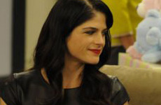 Selma Blair fuera de Anger Management!