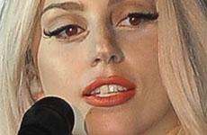 Lady Gaga se hizo cirugía en la nariz?? NOSE JOB??