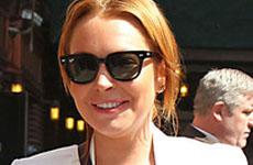 Lindsay Lohan host invitada en Chelsea Lately el 5 de agosto!