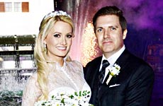 Holly Madison se casó con Pasquale Rotella en Disneyland