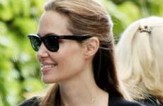 Angelina Jolie se casó en secreto con Brad? Por Millonésima vez!