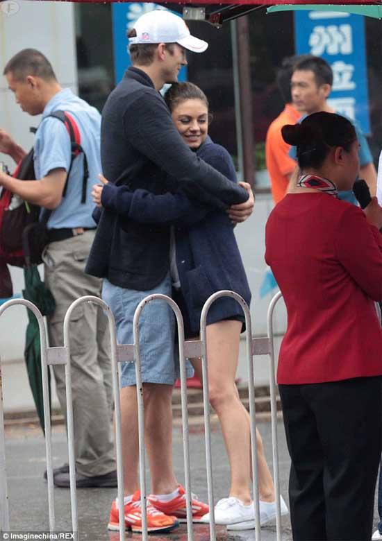 Ashton Kutcher anunciara compromiso con Mila Kunis pronto?