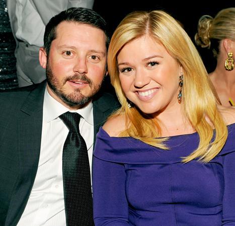 Kelly Clarkson embarazada de su esposo Brandon Blakstock!!