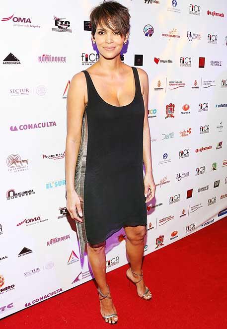 Halle Berry muestra su figura post parto