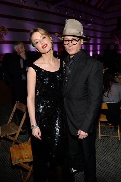 Amber Heard con un anillote! Johnny Depp le propuso matrimonio!