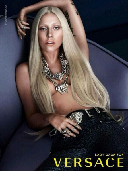 Lady Gaga para Versace - Promos