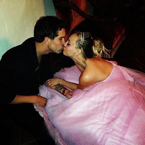 Kaley Cuoco se casó con Ryan Sweeting!!