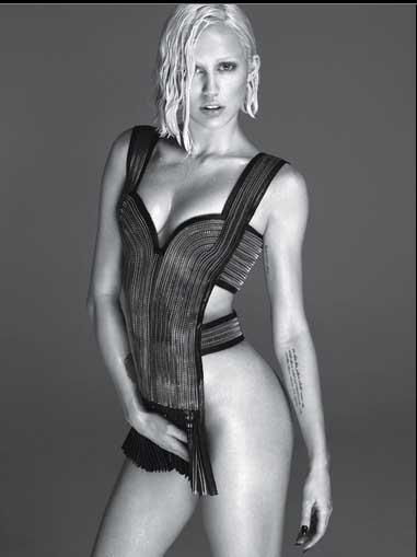 Miley Cyrus irreconocible para W magazine - Gaga??