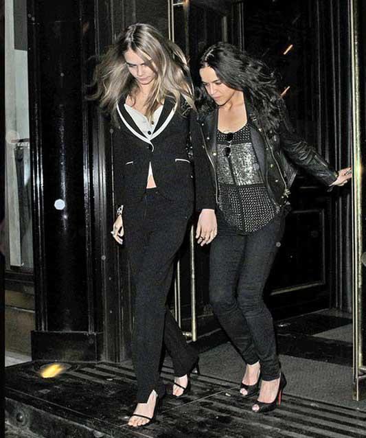 Michelle Rodriguez y Cara Delevingne son pareja!!