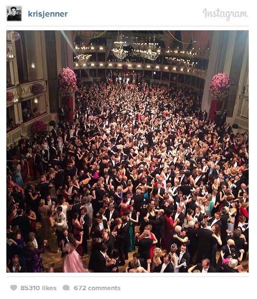 Kim Kardashian ofendida en el Vienna Ball