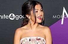 Selena Gomez recibe el Young Humanitarian Award