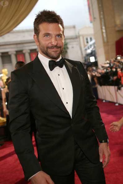 Bradley Cooper el nuevo Indiana Jones? Eeh NOPE!
