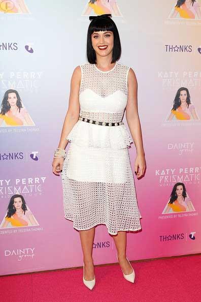 Katy Perry besó a Miley Cyrus y no le gustó - HA!