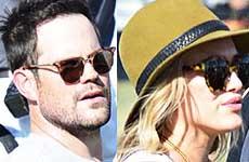 Hilary Duff y Mike Comrie juntos en Coachella