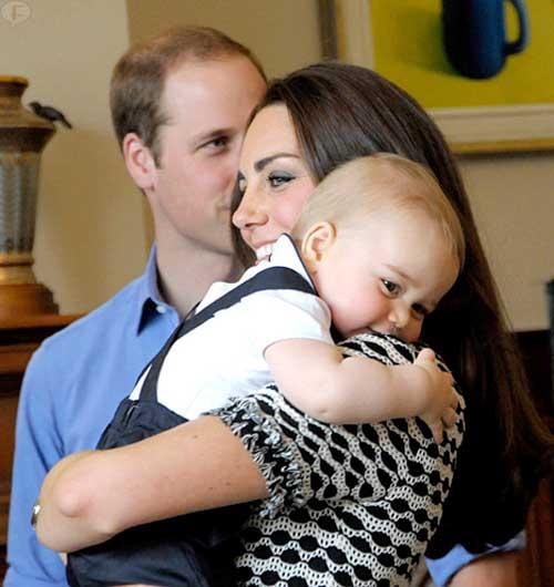 El Príncipe George es SUPER CUTE!!!!