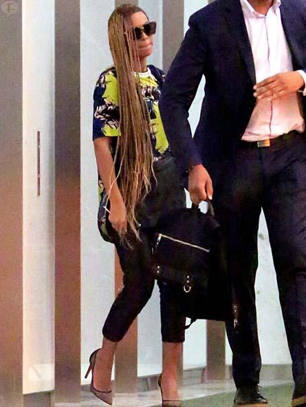 Beyonce estrena nueva y larga peluca!!