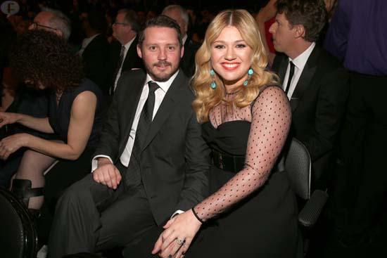 Kelly Clarkson ya es madre de una niña - River Rose!