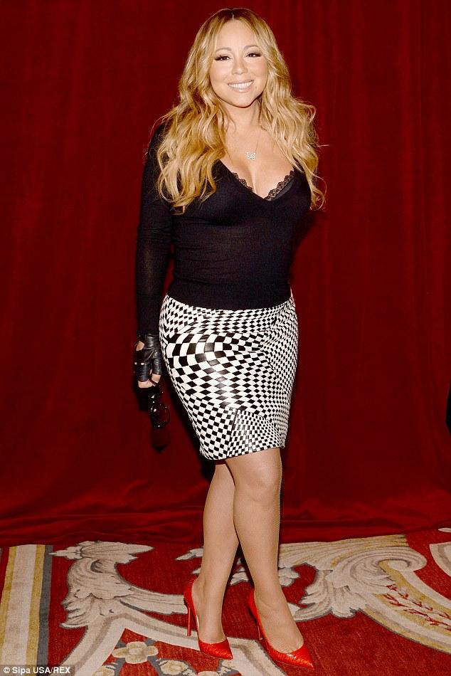 El album de Mariah Carey FRACASA, publica foto vieja