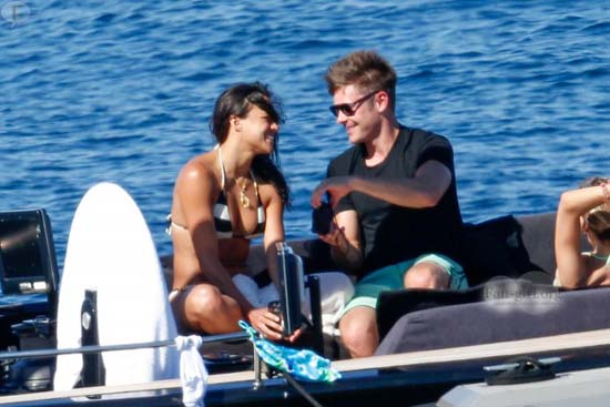 Zac Efron y Michelle Rodriguez confirman romance? WTF??