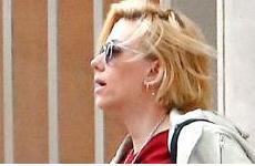 Scarlett Johansson embarazadísima – Baby bump!