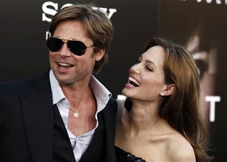 Angelina Jolie & Brad Pitt se CASARON!!! DETALLES!!!!