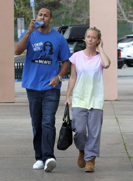 Kendra Wilkinson perdonó a Hank Baskett? WTF?