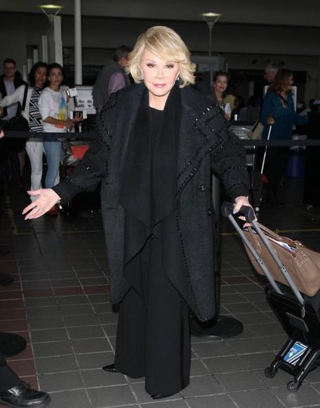Joan Rivers grave en el hospital - Critical Condition!